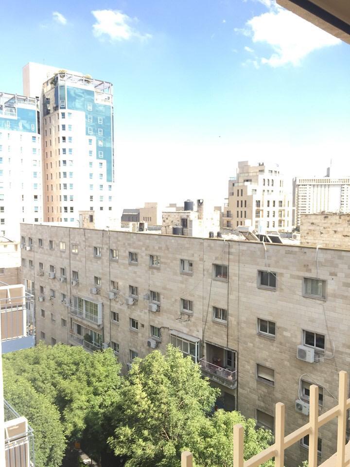 להשכרה במרכז העיר מגוון דירות חדשות